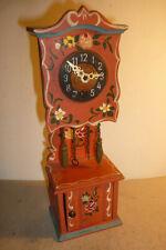 Schöne alte Puppenhaus Pendel - Standuhr mit Federwerk Bauernmalerei 195x70mm