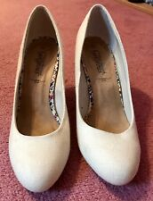New Look Cream Wedge Sandals Size 7