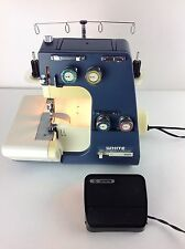 White Superlock 534 534W-B Serger Overlock Sewing Machine Lots of EXTRAS Tested