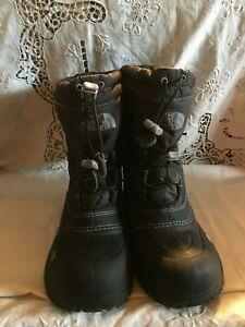 The North Face Boys Youth Black Insulated Waterproof Snow Boots Sz 3