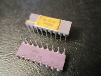 AD571JD Analog Devices Single Analog to Digital SAR 10-bit Parallel 18Pin C-Dip