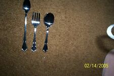 ONEIDA STAINLESS 2 PC. BABY SET CHATEAU