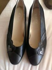 BNNB LOVELY PAIR LADIES BLACK COURT BUSINESS/WORK SHOES by EQUITY SIZE UK 5.5