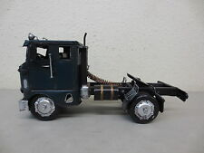 LARGE VINTAGE TIN METAL MODEL TRUCK TRACTOR 1942 FREIGHTLINER BUBBLENOSE SEMI