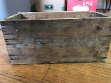 VINTAGE Armour's Cloverbloom Blended Cheese Wooden Box C54