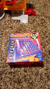CONNECT 4 FLIP MB GAMES 2000 DROP IT FLIP IT HANG IT COMPLETE LOVELY CONDITION