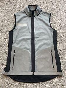 Mens Medium Nike Flash Vapor Shield Reversible 3M Reflective Silver Running Vest