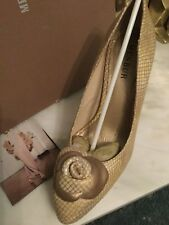 Stunning Menbur occasion champagne & gold leather shoes heels size 39 or 6