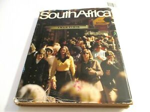 SOUTH AFRICA ,by Gerald Cubitt, Arnold Helfet J 0-86977-078-0