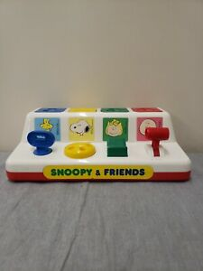 Vintage Snoopy & Friends Baby Toddler Pop Up Toy With Carry Handle FS Charity