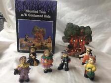 Halloween Haunted lighted tree W/ 6 Costumed Kids w/ original Box & Styrofoam