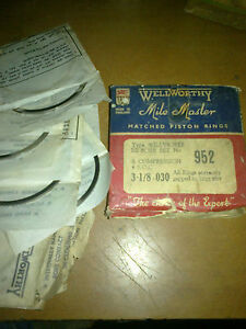NOS PISTON RING SET 030 FOR JEEP WILLYS