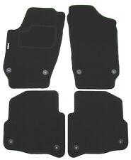 Skoda Fabia 2 5J 2007 bis 2014 mit Befestigungen Autoteppich Fußmatten mit Stick