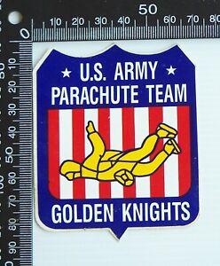 VINTAGE GOLDEN KNIGHTS US ARMY PARACHUTE TEAM USA SOUVENIR PROMO STICKER