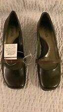 NEW Womens Kenneth Cole Reaction New Way Oak Brown Leather Heeled Shoes 9.5M NIB