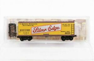 Micro-Trains 04900670 N Muessel Brewing Co 40' Double-Sheathed Wood Reefer #1002