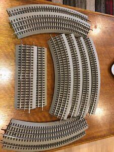 Lionel HO 3 Rail Fast Track - 10 pcs