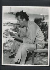 STEWART GRANGER EATS A COCONUT ON THE BEACH - 1953 DBLWT CANDID - VINTAGE
