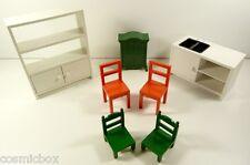 Lot mobilers pour maison de poupées IKEA cuisine & SYLVANIAN Families armoire