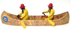 BRITAINS HERALD TOYS - 2 NTH. AMERICAN INDIAN BRAVES IN A CANOE - 1960's