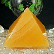 Orangencalcit Pyramide XL Edelstein Pyramide AA Qualität 80 x 80 mm 55° 382 g