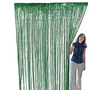 GREEN METALLIC FOIL FRINGE DOOR CURTAIN ST PATRICKS DAY IRISH PARTY 91cm X 243cm