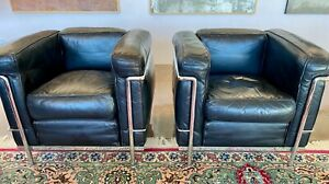 Cassina LC2,Two cushion sets, Black Leather, Vintage 1980s,without Chrome Frame.