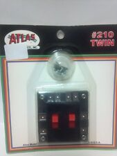 Atlas #210 Twin Switch - Controls Reversing Loops or Double Track Model Trains