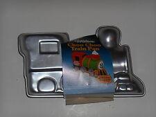 Wilton CHOO CHOO 3D TRAIN Engine Stand Up 3 Dimensional CAKE PAN Mold #2105-2861