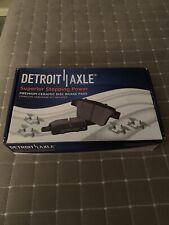 Detroit Axle P-1363 Ceramic Brake Pads For Chevy - GMC- Cadillac SUVs 2008-2013