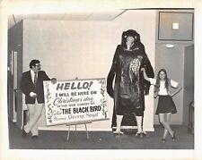 THE BLACK BIRD 1975 George Segal Original 8x10 Movie Theatre Lobby Photograph