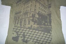 Building with Raven T-Shirt Mens Womens Large