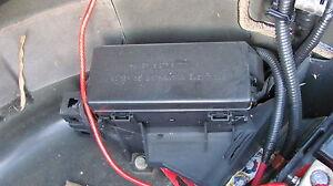 LINCOLN LS REAR FUSE BOX 2000 2001 2002
