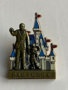DISNEY WDW PARTNERS STATUE WALT DISNEY & MICKEY MOUSE PIN ON PIN