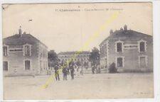 CPA 36000 CHATEAUROUX Caserne Bertrand 50e Infanterie Soldats animé Edit ca1917