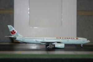 Aeroclassics 1:400 Air Canada Airbus A330-300 C-GFAH (ACCGFAH) Model Plane