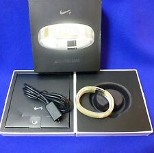 NIKE FUELBAND CLEAR SMALL W/BOX , USB CORD, XTRA LINK & PAPERS
