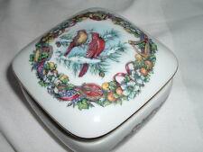 1990 Heritage House Fine Porcelain Joy to the World Cardinals Music Box