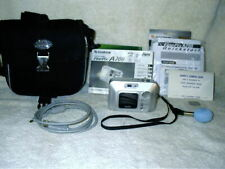 FujiFilm FinePix Digital Camera A200 2.0 Mp Case Ub Cable Cd Software Xd Card +