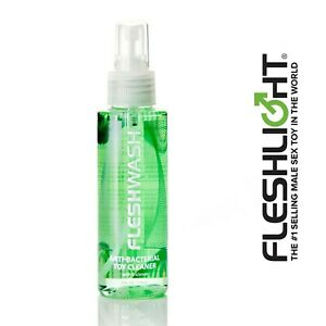 Fleshlight FleshWash 100 ml Disinfettante Spray pulizia love sex toy toycleaner
