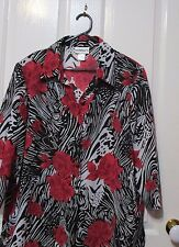 Millers Ladies 3/4 sleeved top size 18 buttoned up style