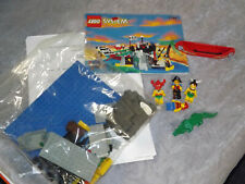 LEGO 1788 Treasure Chest Pirate Set Complete with Minifigs and Manual