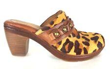 (5323) Nurture Shoes Sz 8M Womens Clogs Heels Mules Brown Leopard Faux Fur