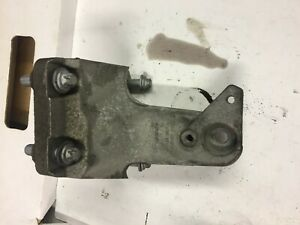 BMW 3 Series F30 2012-2015 RIGHT OFFSIDE Engine Support Bracket 6788612 N47D20C