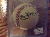 Tony Gwynn Autographed baseball SD Padres 1993