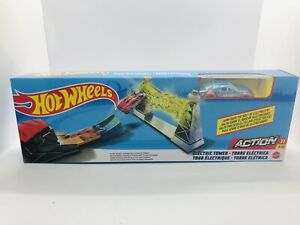 Mattel Hot Wheels Loop Star Action Play Set With Light Blue Car