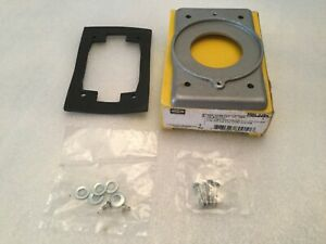 1 Genuine Hubbell HBL3394 Aluminum Lift Cover Plate NEW SAVE $$$