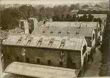 Paris, les bâtiments du Mobilier National, quai d'Orsay Vintage silver prin