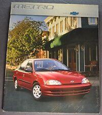 2000 Chevrolet Metro Catalog Sales Brochure LSi Excellent Original