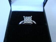 Lovely 18CT ORO bianco anello di diamante quadrato Cluster 0.25 UK-N 9 Diamanti